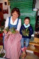 Eggerhaus-Fruehlingsfest_1_Palmbuschenbinden